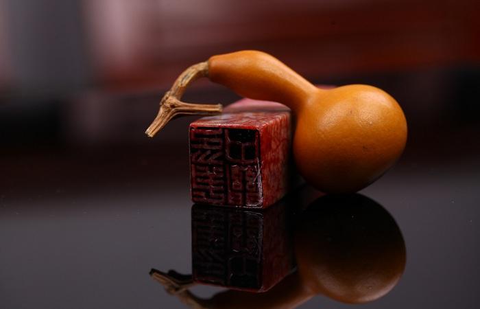 玉器文玩艺术品数字化展示与传播研究
