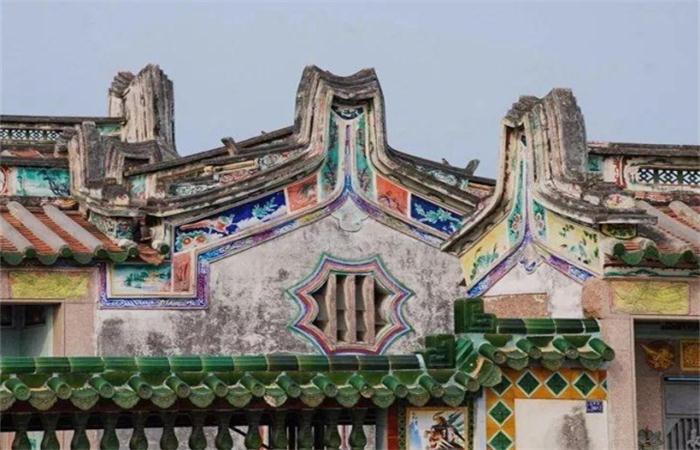 潮汕传统民居有哪些代表性的建筑特色?