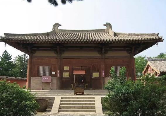 五台山南禅寺唐代彩塑赏析