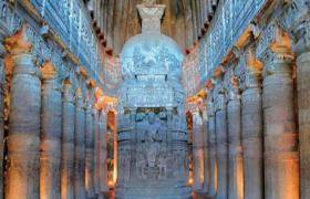 印度石窟寺缘起与形成及其特征