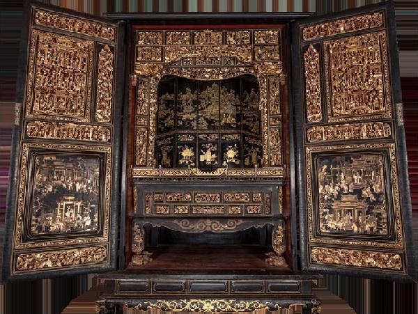 金漆木雕大神龛