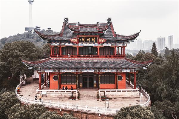 武汉三大名胜:晴川阁、黄鹤楼、古琴台