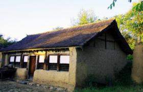 浅谈满族传统民居的建筑特色