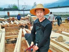 罗传明:通海掌墨师、30年来全省奔波造古建