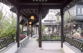 中式庭院中的亭廊——闲看庭前花开花落