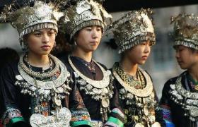 黔东南侗族服饰
