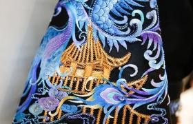 中国传统文化元素在现代服装设计中的应用